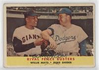 Rival Fence Busters (Willie Mays, Duke Snider) [Poor]