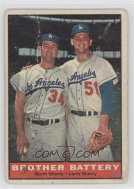 1961 Topps #521 - Norm Sherry, Larry Sherry [Good to VG‑EX]
