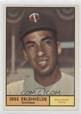 1961 Topps #557 - Jose Valdivielso
