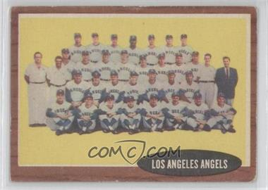 1962 Topps #132.1 - Los Angeles Angels Team