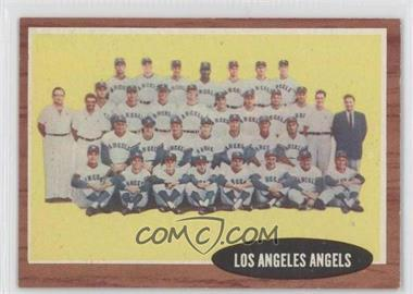 1962 Topps #132.1 - Los Angeles Angels Team