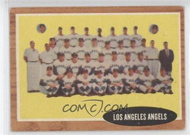1962 Topps #132G - Los Angeles Angels Team (Green Tint)