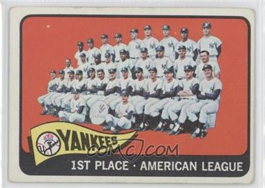 1965 Topps #513 - New York Yankees Team