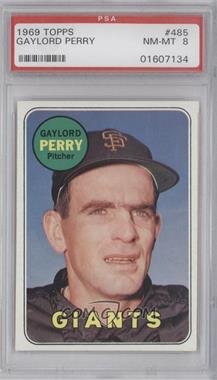 1969 Topps #485.1 - Gaylord Perry (Last Name in Yellow) [PSA 8]