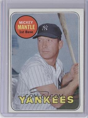 1969 Topps #500.1 - Mickey Mantle (Last Name in Yellow)