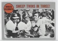 Orioles Celebrate - Sweep Twins In Three! [GoodtoVG‑EX]