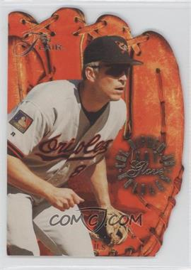 1994 Flair Hot Glove #8 - Cal Ripken Jr.