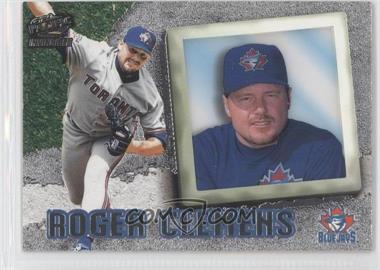1998 Pacific Invincible - [Base] - Silver #73 - Roger Clemens