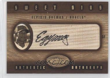 2002 Fleer Showcase Sweet Sigs Lumber #ELGU - Elpidio Guzman