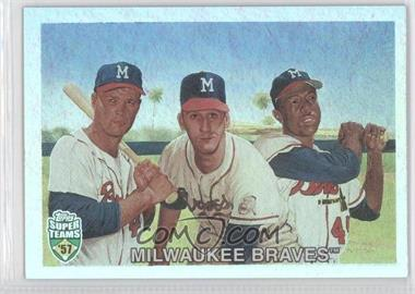 2002 Topps Super Teams [???] #42 - Eddie Mathews, Warren Spahn, Hank Aaron /1957