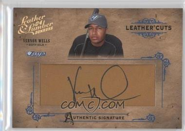 2004 Donruss Leather & Lumber Leather Cuts Golve #LC-39 - Vernon Wells /160