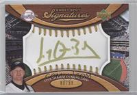 Lyle Overbay /99
