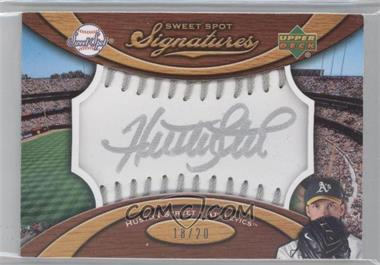 2007 Sweet Spot Signatures Ball Silver Stitching Silver Ink #SS-HS - Huston Street