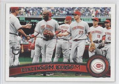 2011 Topps Target [Base] Throwback #192 - Cincinnati Reds Team