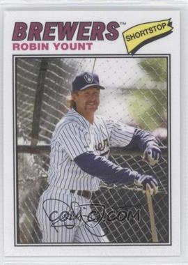 2012 Topps Archives 1977 Cloth Patches #77C-RY - Robin Yount
