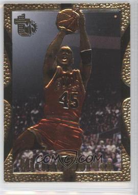 1994-95 Topps Embossed - [Base] - Golden Idol #121 - Michael Jordan