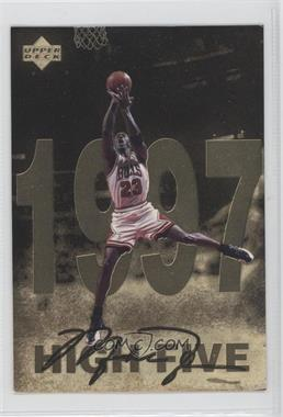 1998 Upper Deck Gatorade Michael Jordan - [Base] #12 - High Five (1997)