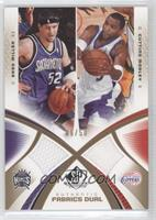 Brian Cook, Brad Miller, Cuttino Mobley /50
