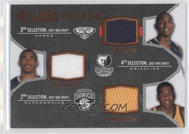 2007-08 SP Rookie Threads Rookie Photo Shoot Materials Triple #TRT-DHC - Al Horford, Mike Conley, Kevin Durant