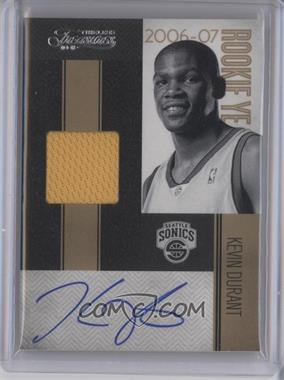 2010-11 Timeless Treasures Rookie Year Materials Signatures #13 - Kevin Durant /25