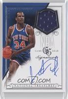 Charles Oakley /75