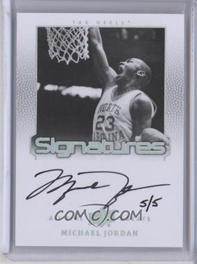 2013 Upper Deck All-Time Greats Signatures Spectrum Silver #ATG-MJ3 - Michael Jordan /5