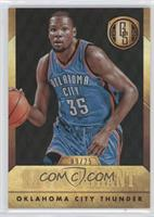 Kevin Durant (Blue Jersey Dribbling Ball) /25