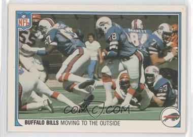 1983 Fleer NFL Team Action #5 - Moving to the Outside