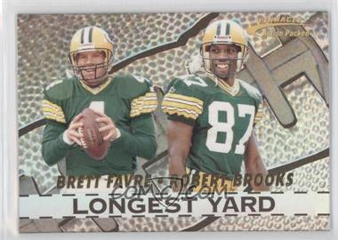 1996 Pinnacle Action Packed Longest Yard #1 - Brett Favre, Robert Brooks