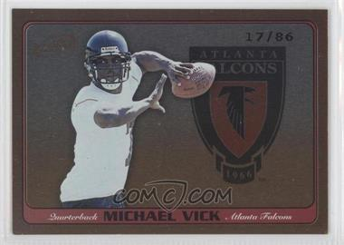 2001 Pacific Prism Atomic - Strategic Arms #1 - Michael Vick /86