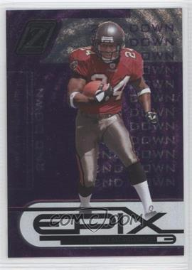 2005 Donruss Zenith Epix 2nd Down Purple #E-5 - Cadillac Williams /250
