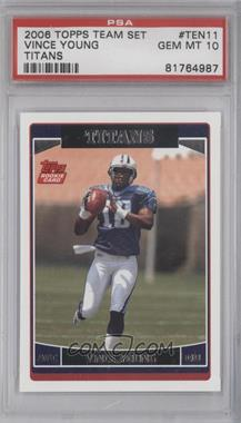 2006 Topps Tennessee Titans #TEN11 - Vince Young [PSA 10]