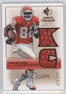 2007 SP Rookie Threads Authentic Memorabilia Bronze #RT-DB - Dwayne Bowe /225