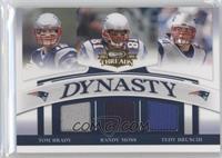 Tom Brady, Randy Moss, Tedy Bruschi /250