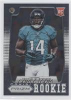 Justin Blackmon (R.Hand covering part of #1)