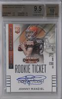 Johnny Manziel (throwing, looking to left side of card) [BGS 9.5]