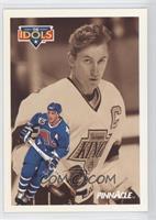 Wayne Gretzky, Joe Sakic