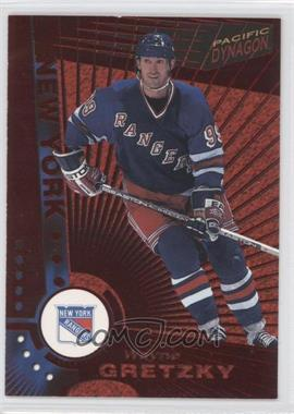 1997-98 Pacific Dynagon - [Base] - Red #78 - Wayne Gretzky