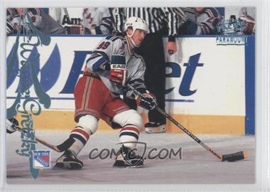 1997-98 Pacific Paramount Ice Blue #115 - Wayne Gretzky