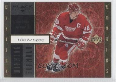 1998-99 Upper Deck Black Diamond Winning Formula Gold #WF11 - Steve Yzerman /1200