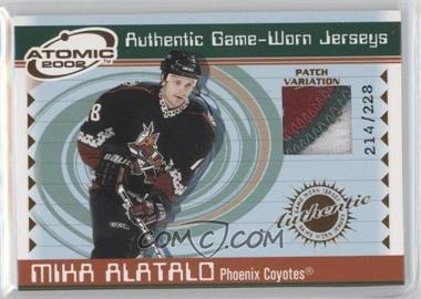 2001-02 Pacific Atomic Game-Worn Jerseys Patch #42 - Mika Alatalo /228