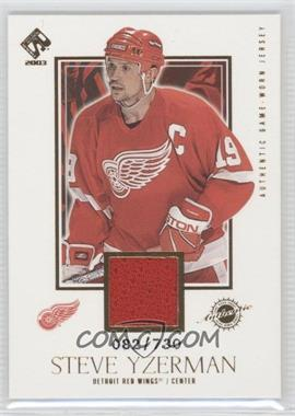 2002-03 Pacific Private Stock Reserve #121 - Steve Yzerman /730