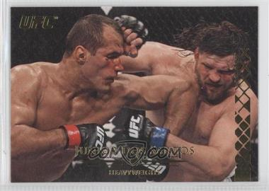 2011 Topps UFC Title Shot Gold #102 - Junior Dos Santos