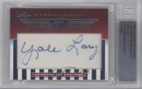 Yale Lary /19 [BGS AUTHENTIC]