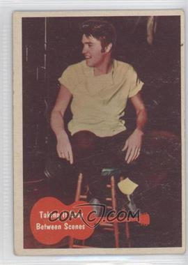 1956 Topps Bubbles Elvis Presley - [Base] #34 - Taking it Easy Between Scenes