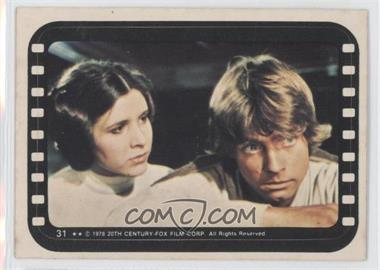 1977 Topps Star Wars Stickers #31 - Luke and Leia