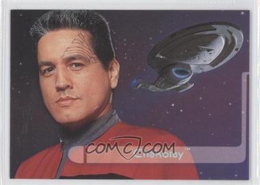 1995 SkyBox Star Trek: Voyager Season One Series 2 Embossed Crew #E2 - Chakotay