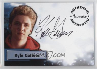 2005 Inkworks Smallville Season 4 Autographs #A33 - Kyle Gallner as Bart Allen