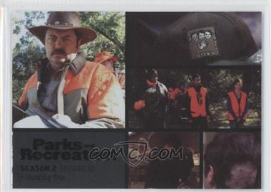 2013 Press Pass Parks and Recreation Seasons 1-4 Foil #16 - Season 2, Episode 10 - Hunting Trip