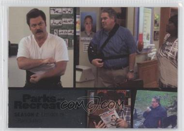 2013 Press Pass Parks and Recreation Seasons 1-4 Foil #25 - Season 2, Episode 19 - Park Safety